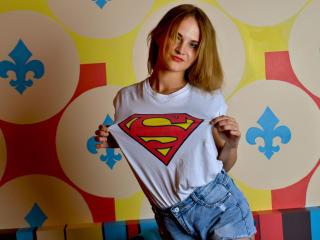 AliceJoyful horny webcam model