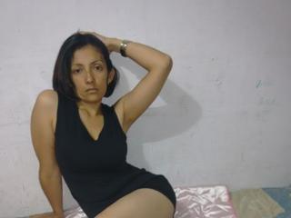 Photo de profil sexy du modèle AngelaSexyMadura, pour un live show webcam très hot !