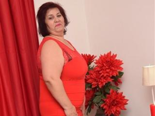 Photo de profil sexy du modèle DivineJannine, pour un live show webcam très hot !