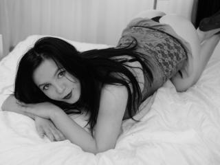 AdelaydaHot - 在XloveCam?欣賞性愛視頻和熱辣性感表演