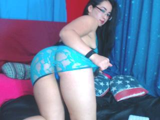 Neejalove - 在XloveCam?欣賞性愛視頻和熱辣性感表演