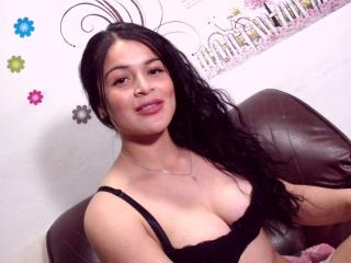 MichellePerv - Live porn & sex cam - 7018909