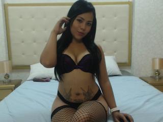 Sexy profile pic of AlexisFord