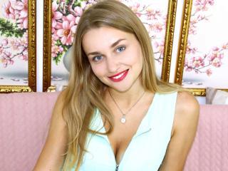 Sexy profile pic of KamillaQ