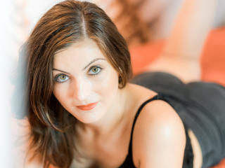 RoseBlack sexy webcam woman