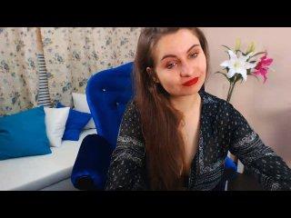 SofiaAuclair strap on live show