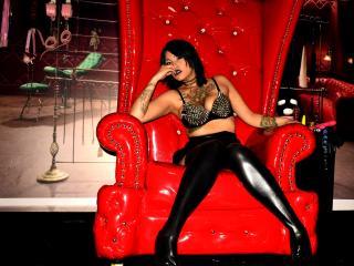 Foto de perfil sexy de la modelo AlanisJonnes, ¡disfruta de un show webcam muy caliente!