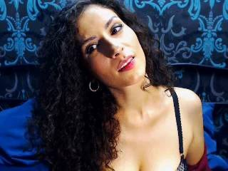 Picture of the sexy profile of AliciaCruz, for a very hot webcam live show !