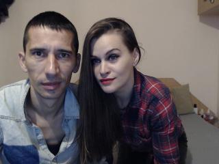 Фото секси-профайла модели Angyscott, веб-камера которой снимает очень горячие шоу в режиме реального времени!