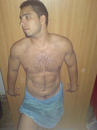 Picture of the sexy profile of Armando87, for a very hot webcam live show !