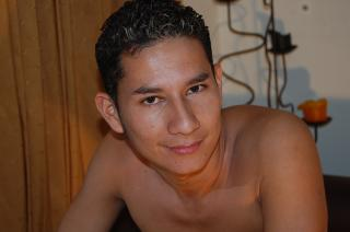 Picture of the sexy profile of DanielSheik, for a very hot webcam live show !