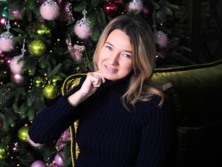 Foto de perfil sexy de la modelo GemmaBB, ¡disfruta de un show webcam muy caliente!