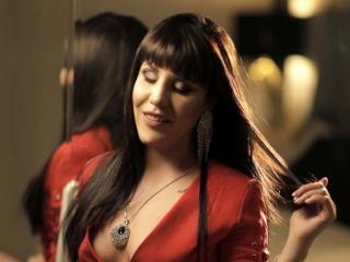 Hình ảnh đại diện sexy của người mẫu HornyFetishMia để phục vụ một show webcam trực tuyến vô cùng nóng bỏng!