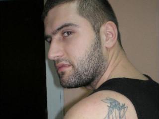 Foto de perfil sexy del modelo HotAndrew, ¡disfruta de un show webcam muy caliente!