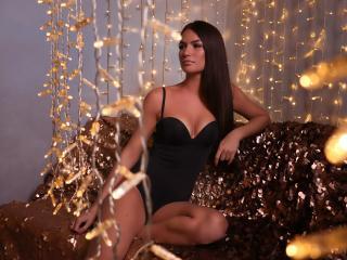 Foto de perfil sexy de la modelo JenniferArchi, ¡disfruta de un show webcam muy caliente!