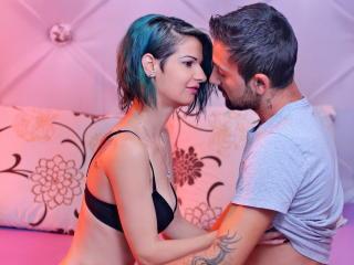 Foto de perfil sexy de la modelo JohnNThalia, ¡disfruta de un show webcam muy caliente!