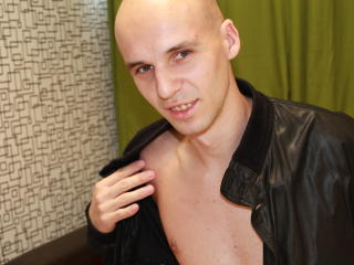 Picture of the sexy profile of LovingStuart, for a very hot webcam live show !