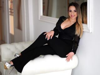 Velmi sexy fotografie sexy profilu modelky LucineAllison pro live show s webovou kamerou!