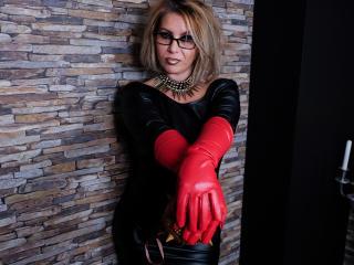 Velmi sexy fotografie sexy profilu modelky MistressAlicee pro live show s webovou kamerou!