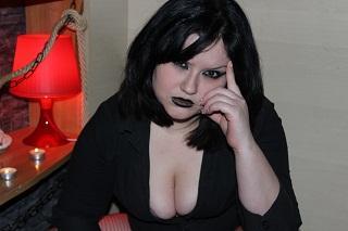 MsBlackWidow szexi modell képe, a nagyon forró webkamerás élő show-hoz!