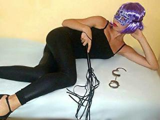 Foto de perfil sexy de la modelo ninamistress, ¡disfruta de un show webcam muy caliente!