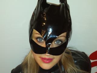 Velmi sexy fotografie sexy profilu modelky PervertBlondy pro live show s webovou kamerou!