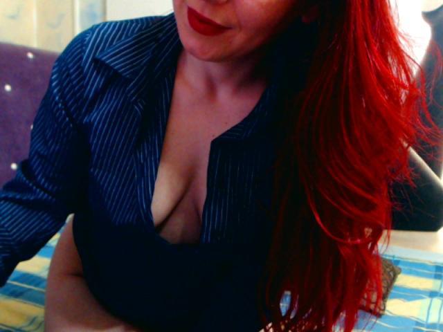 Photo de profil sexy du modèle ChaudeeOrgasme, pour un live show webcam très hot !