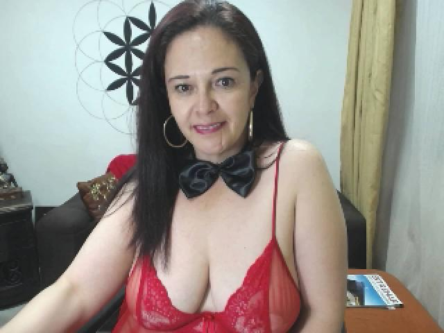 Photo de profil sexy du modèle DreamHoneyGirl, pour un live show webcam très hot !