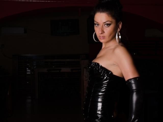 Picture of the sexy profile of GoddessRhea, for a very hot webcam live show !