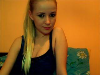 WildBlondeX - Sexy live show with sex cam on XloveCam