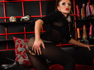 AddictionBabe - Sexy live show with sex cam on XloveCam