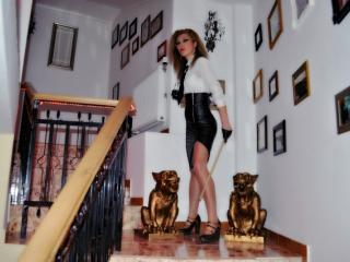 MistressTori - Sexy live show with sex cam on XloveCam