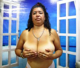 BigTitsTanya - Sexy live show with sex cam on XloveCam