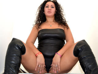 AbbeyButterfly - Sexy live show with sex cam on XloveCam