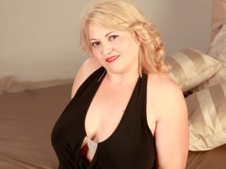 CrazyForLust - Sexy live show with sex cam on XloveCam