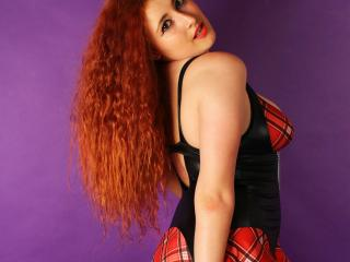 Indillia - Sexy live show with sex cam on XloveCam