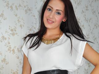 Sharron - Sexy live show with sex cam on XloveCam