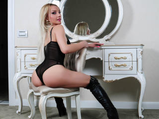 LisaStarX - Sexy live show with sex cam on XloveCam