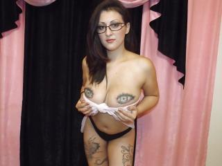 YummyBreasts - Show sexy et webcam hard sex en direct sur XloveCam®