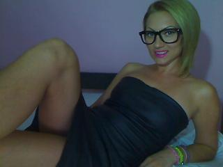 Anickya - Sexy live show with sex cam on XloveCam