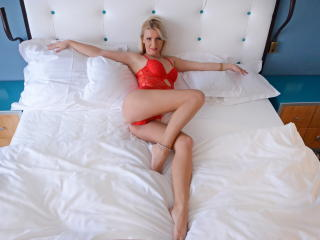 AnelisseBernard - Sexy live show with sex cam on XloveCam