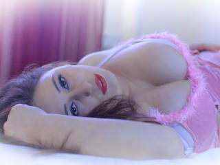 RenattaRosse - Show sexy et webcam hard sex en direct sur XloveCam®