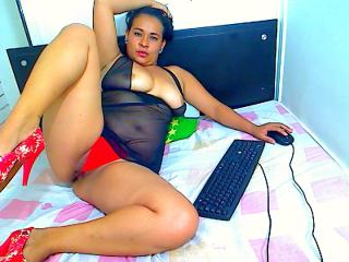 SweetHeat - Sexy live show with sex cam on XloveCam