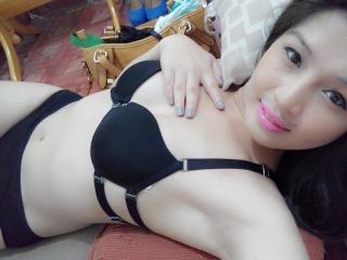 SexyChiqzs - Sexy live show with sex cam on XloveCam