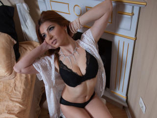 Sexydollhotx girl on webcam