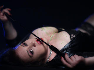 BustyFetishBabe - Sexy live show with sex cam on XloveCam