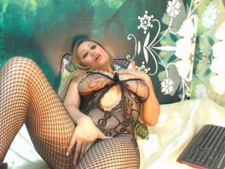 Ginerie - Sexy live show with sex cam on XloveCam