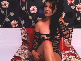 Emmahotcum - Sexy live show with sex cam on XloveCam