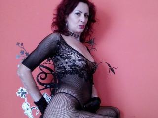 Sexy nude photo of SexyMilfX