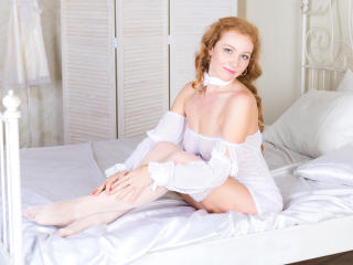 GingerJulie - Sexy live show with sex cam on XloveCam®
